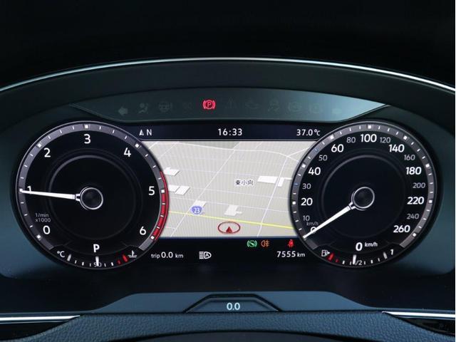 TDI 4モーション アドバンス LEDヘッドライト デジタルメーター 追従型クルーズコントロール レザーシート シートヒーター シートベンチレーション アラウンドビューカメラ 電動リヤゲート 障害物センサー付1オーナー禁煙認定中古車(16枚目)