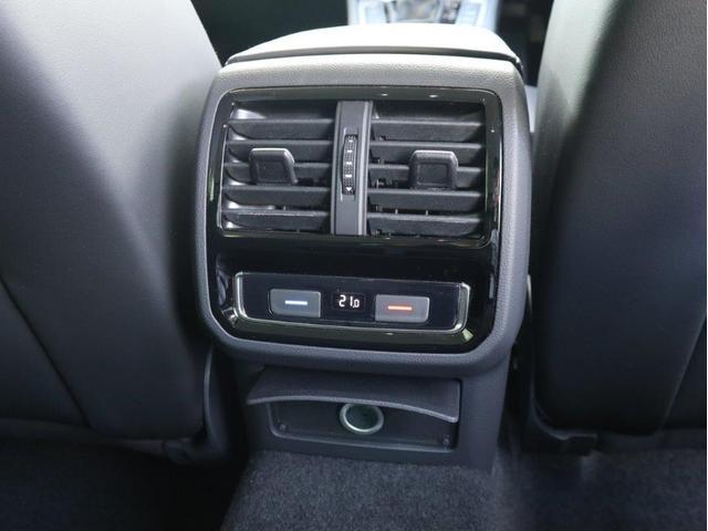 TDI 4モーション アドバンス LEDヘッドライト デジタルメーター 追従型クルーズコントロール レザーシート シートヒーター シートベンチレーション アラウンドビューカメラ 電動リヤゲート 障害物センサー付1オーナー禁煙認定中古車(37枚目)