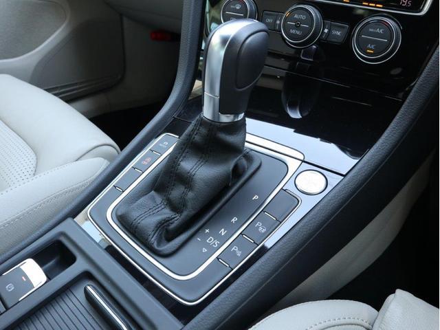 TSIハイライン マイスター ディナウディオ ベージュレザー シートヒーター 追従型クルーズコントロールACC パドルシフト 障害物センサー付き ワンオーナー 禁煙 2リッターディーゼルターボ 認定中古車(26枚目)