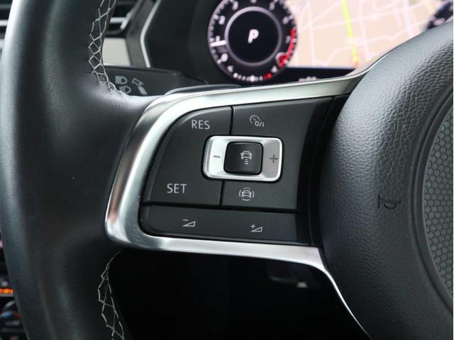 TSI 4モーション Rラインアドバンス ディナウディオ サンルーフ ブラックレザー デジタルメーター ACC ヘッドアップディスプレイ アラウンドビューカメラ 電動リヤゲート 駐車支援システム 障害物センサー 20インチAW 禁煙認定中古車(19枚目)
