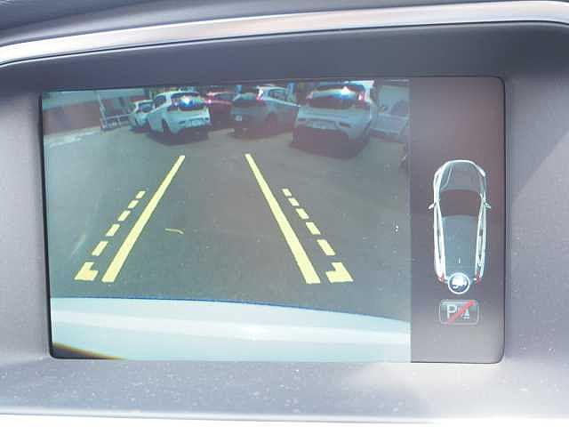 ボルボ ボルボ V40 T3 モメンタム 登録済み未使用車 インテリセーフ ナビ