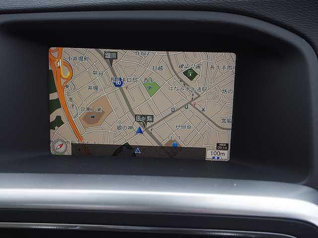 HDDナビゲーション搭載、最新の地図ソフトに更新してご納車いたします。