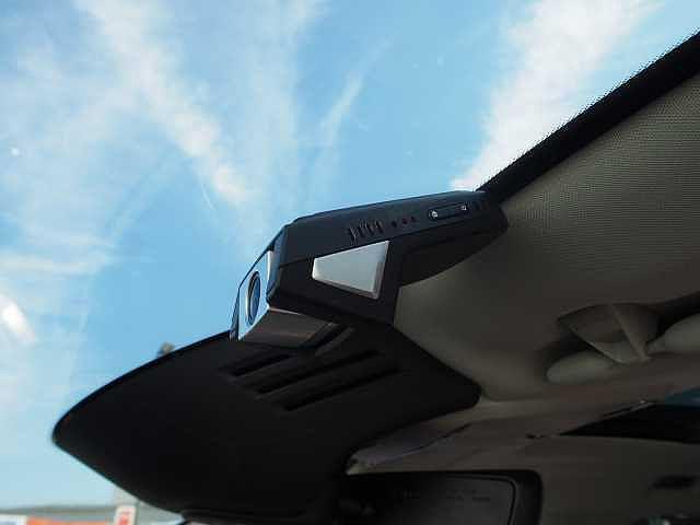 D4 AWD インスクリプション 電子制御エアサスペンション(14枚目)