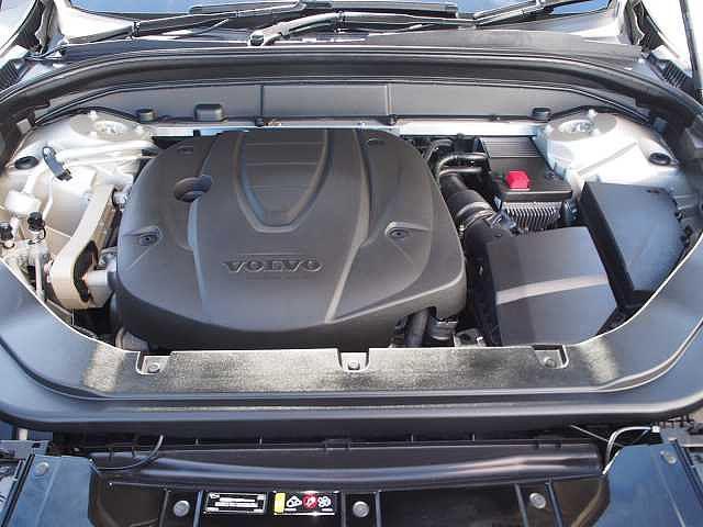 D4 AWD インスクリプション 電子制御エアサスペンション(19枚目)