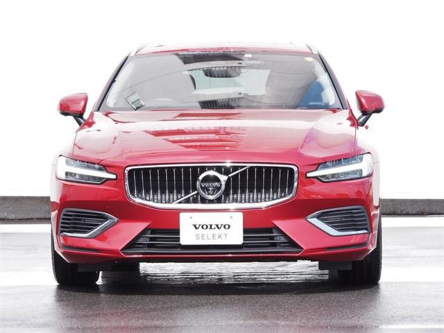 T6 ツインエンジン AWD インスクリプション 2020年モデル プラグインハイブリッド チルトアップ機構付電動パノラマガラスサンルーフ AppleCarPlayAndroidoAuto アダプティブクルーズコントロール(2枚目)