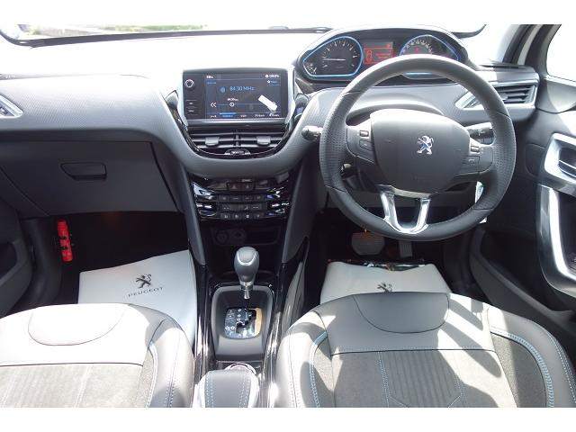 クロスシティ カープレイ アンドロイドオート 新車保証(5枚目)