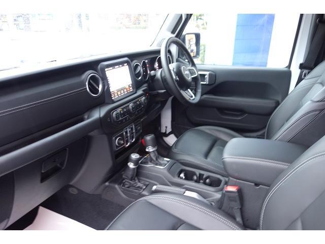 「その他」「クライスラージープ ラングラーアンリミテッド」「SUV・クロカン」「静岡県」の中古車14