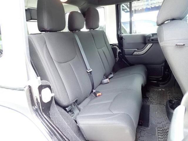 アンリミテッド 新車保証継承プラス認定中古車保証1年付き(20枚目)