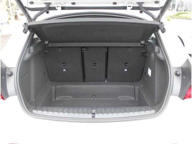 M135i xDrive 弊社元デモカー ビジョンパッケージ パノラマガラスサンルーフ付(18枚目)