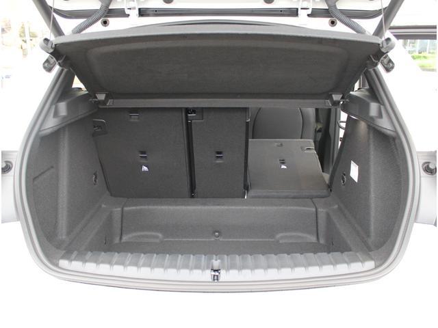 M135i xDrive 弊社元デモカー ビジョンパッケージ パノラマガラスサンルーフ付(19枚目)
