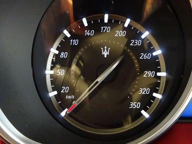 トロフェオ V8 フェラーリエンジン 22インチホイール(10枚目)