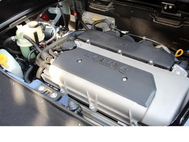 2ZZ-GE NAエンジン・192ps(カタログ値)/7,800rpm・900kg