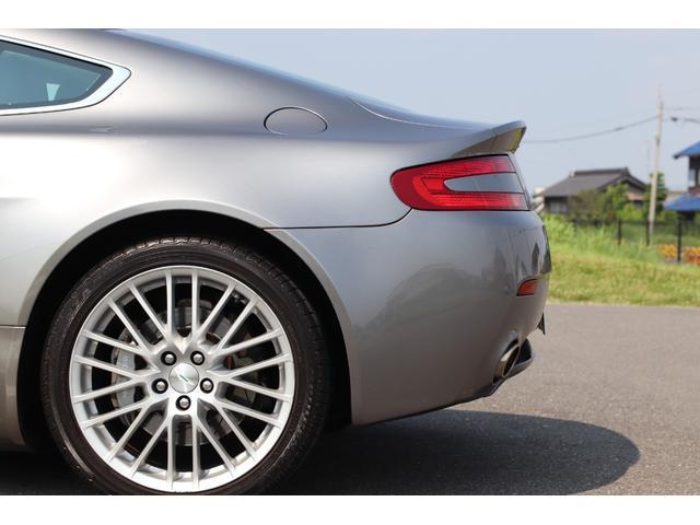 「アストンマーティン」「アストンマーティン V8ヴァンテージ」「クーペ」「愛知県」の中古車9