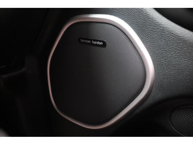 SRT8 黒革 アルカンターラSRT専用スポーツシート 8.4incワイドディスプレイ Brembo製ブレーキ パノラマサンルーフ harman kardon パワートランク SRT専用ワイドボディ(62枚目)