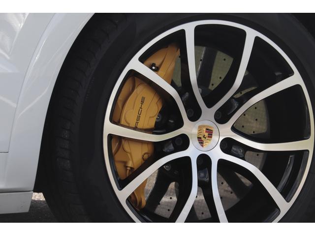 ターボ スポーツクロノパッケージ パノラマSR Exclusive Design 21AW LEDマトリクスヘッド PCCB 18WAY調整式トリュフブラウンレザーシート カーボンインテリア 新車保証(9枚目)