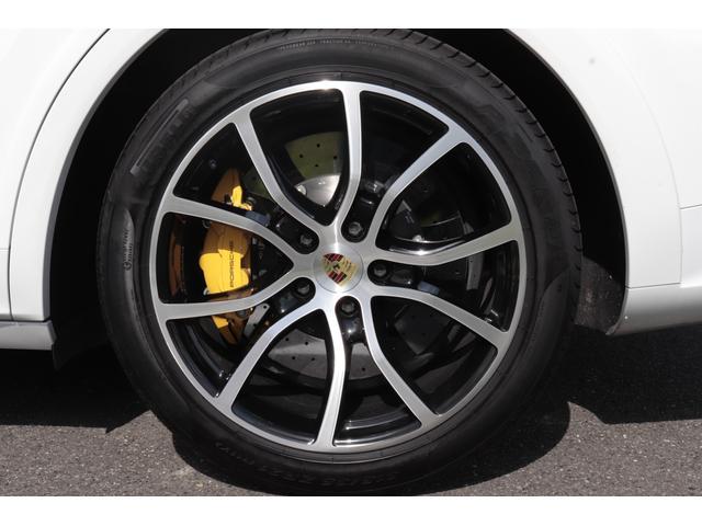 ターボ スポーツクロノパッケージ パノラマSR Exclusive Design 21AW LEDマトリクスヘッド PCCB 18WAY調整式トリュフブラウンレザーシート カーボンインテリア 新車保証(32枚目)