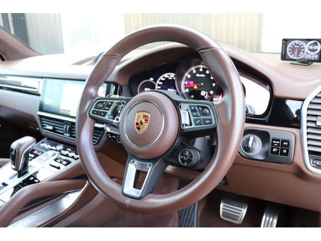 ターボ スポーツクロノパッケージ パノラマSR Exclusive Design 21AW LEDマトリクスヘッド PCCB 18WAY調整式トリュフブラウンレザーシート カーボンインテリア 新車保証(45枚目)