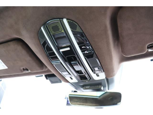 ターボ スポーツクロノパッケージ パノラマSR Exclusive Design 21AW LEDマトリクスヘッド PCCB 18WAY調整式トリュフブラウンレザーシート カーボンインテリア 新車保証(64枚目)