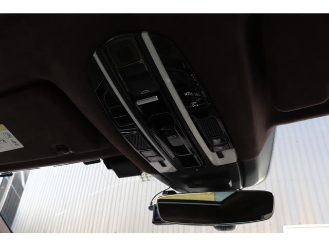 ターボ スポーツクロノパッケージ パノラマSR Exclusive Design 21AW LEDマトリクスヘッド PCCB 18WAY調整式トリュフブラウンレザーシート カーボンインテリア 新車保証(74枚目)