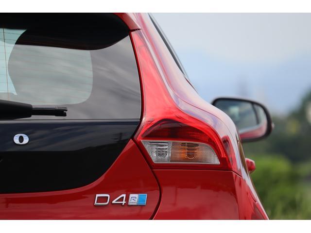 D4 Rデザイン ポールスターエディション 150台限定車 Rデザイン専用パフォーレーテッドレザー Rデザイン専用ダイヤモンドカット18AW(マットブラック塗装) トールハンマーLED harman/kardon パフォーマンス・エキゾースト(36枚目)