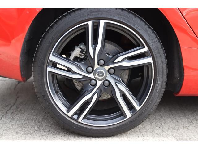 D4 Rデザイン ポールスターエディション 150台限定車 Rデザイン専用パフォーレーテッドレザー Rデザイン専用ダイヤモンドカット18AW(マットブラック塗装) トールハンマーLED harman/kardon パフォーマンス・エキゾースト(49枚目)