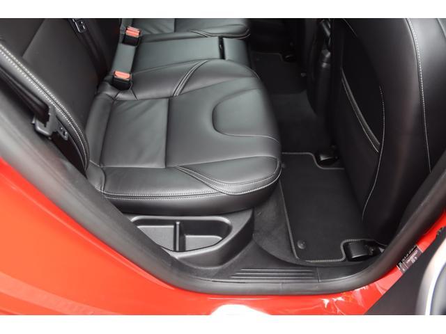 D4 Rデザイン ポールスターエディション 150台限定車 Rデザイン専用パフォーレーテッドレザー Rデザイン専用ダイヤモンドカット18AW(マットブラック塗装) トールハンマーLED harman/kardon パフォーマンス・エキゾースト(55枚目)