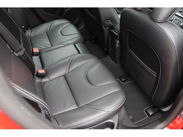 D4 Rデザイン ポールスターエディション 150台限定車 Rデザイン専用パフォーレーテッドレザー Rデザイン専用ダイヤモンドカット18AW(マットブラック塗装) トールハンマーLED harman/kardon パフォーマンス・エキゾースト(56枚目)
