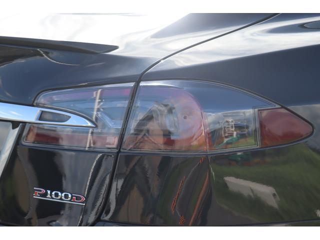 P100D 後期 エンハンストオートパイロット サモン タービン21AW SR 17インチワイドディスプレイ 黒革シート ルーディープラスモード アルカンターラルーフ 電動トランク カーボントランクスポイラー(40枚目)