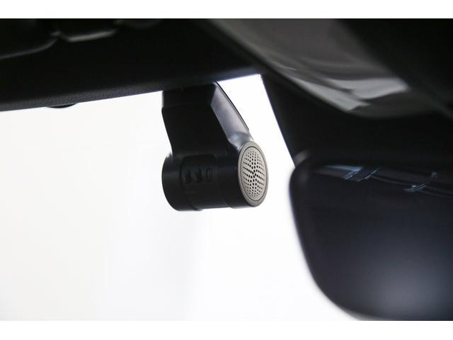 車検や点検でご入庫の際には、メルセデス・ベンツの代車を無料でご利用頂けます。乗ってみたいお車などございましたら是非ご相談ください!(事前予約が必要です)