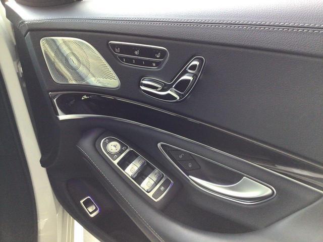 S400d レザーエクスクルーシブパッケージ パノラミックスライディングルーフ AMGラインプラス 360°カメラシステム  ヘッドアップディスプレイ 純正ドライブレコーダー 認定中古車(17枚目)