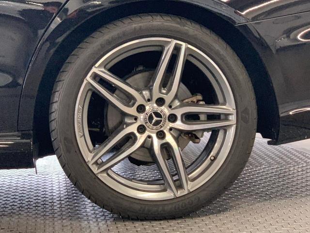 メルセデス・ベンツサーティファイドカー[認定中古車]は、メルセデス・ベンツ日本株式会社が認定する中古車保証制度が適用される中古車です。これは正規販売店のみの特典です。TEL044-967-1381