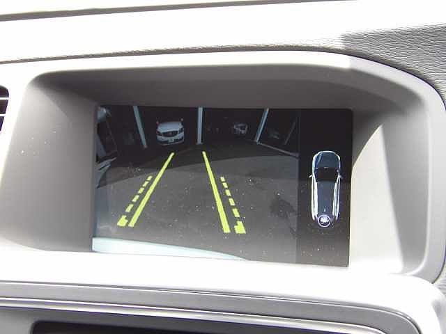 ボルボ ボルボ V60 T3 SE 未使用車 本革シート セーフティ機能標準