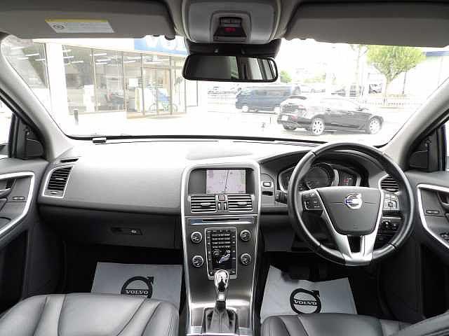 「ボルボ」「ボルボ XC60」「SUV・クロカン」「愛知県」の中古車13
