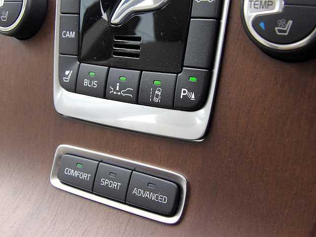 T6 AWD 正規認定中古車(8枚目)