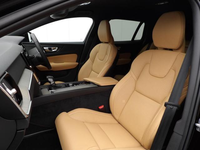 クロスカントリー T5 AWD プロ 本革シート ベンチレーション・マッサージ機能付き ヘッドアップディスプレイ 360度バックカメラ 安全装置標準装備(8枚目)