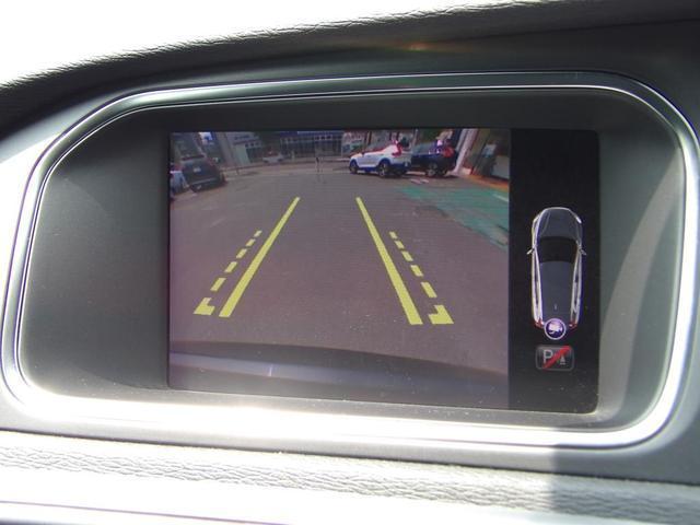 D4 モメンタム クリーンディーゼル車 先進安全装置 フルオートブレーキ アダプティブクルーズコントロール フルオートハイビーム BLIS側方検知機能 ナビ バックカメラ ETC(10枚目)