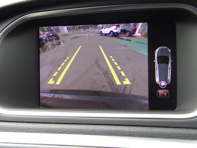 D4 インスクリプション クリーンディーゼル車 本革シート プレミアムオーディオ 先進安全装置 フルオートブレーキ アダプティブクルーズコントロール フルオートヘッドライト レーンキープ シートヒーター ナビ バックカメラ(13枚目)