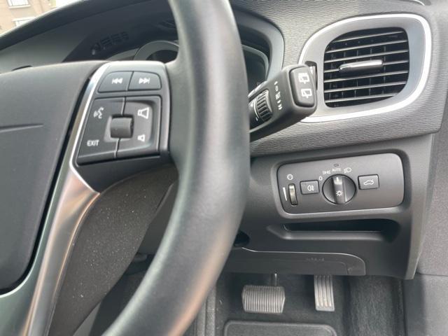 D4 インスクリプション クリーンディーゼル車 本革シート プレミアムオーディオ 先進安全装置 フルオートブレーキ アダプティブクルーズコントロール フルオートヘッドライト レーンキープ シートヒーター ナビ バックカメラ(16枚目)