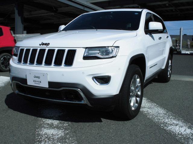 コーナリングセンサーをフロント、リアともに装備されておりますので、大きな車体でも安心して駐車可能です。