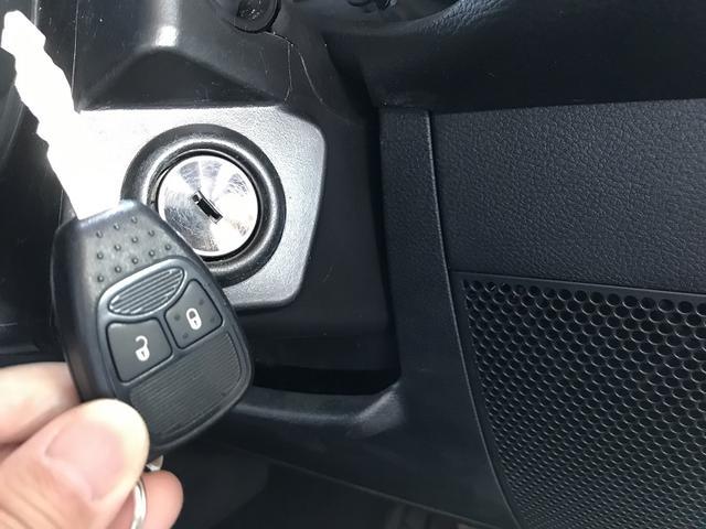 スポーツ 認定中古車保証1年付 4WD フリーダムトップ ファブリックシート 純正7インチメモリーナビ サイドカメラ バックカメラ 背面タイヤ 純正18インチアルミホイール クルーズコンロトール ETC(35枚目)