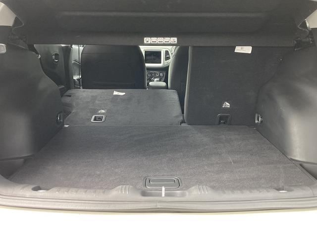 セーフティエディション 認定中古車保証 純正8.4インチメモリーナビ(Carplay/Android Auto) バックカメラ ファブリックシート ルーフレール 純正17インチアルミホイール アダプティブクルーズコントロール(37枚目)