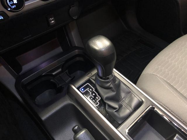 ダブルキャブ FrontRunner デモカー 日本1台(16枚目)