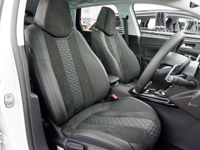 SW ロードトリップ ブルーHDi 8AT 特別仕様車(専用シート・バッジ・タグ・パークアシスト)(3枚目)