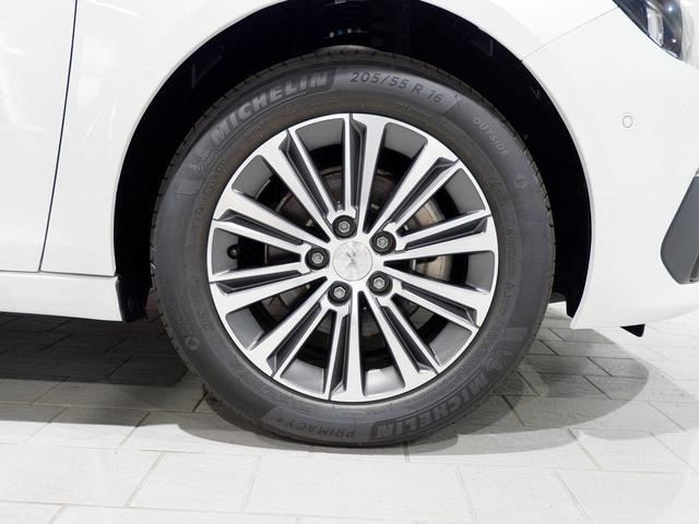 SW ロードトリップ ブルーHDi 8AT 特別仕様車(専用シート・バッジ・タグ・パークアシスト)(5枚目)