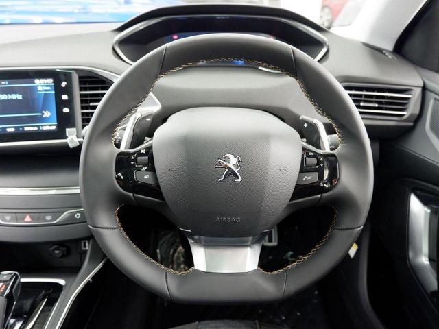 SW ロードトリップ ブルーHDi 8AT 特別仕様車(専用シート・バッジ・タグ・パークアシスト)(12枚目)