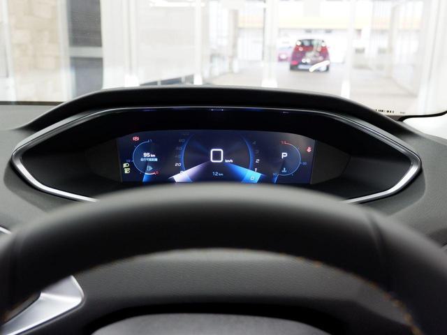 SW ロードトリップ ブルーHDi 8AT パノラミックガラスルーフ 特別仕様車(専用シート・バッジ・タグ・パークアシスト)(13枚目)
