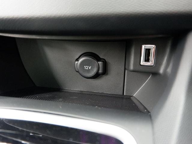 SW ロードトリップ ブルーHDi 8AT パノラミックガラスルーフ 特別仕様車(専用シート・バッジ・タグ・パークアシスト)(29枚目)