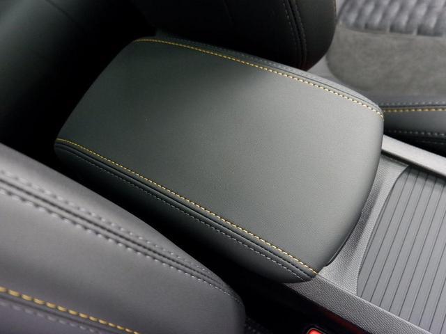 SW ロードトリップ ブルーHDi 8AT パノラミックガラスルーフ 特別仕様車(専用シート・バッジ・タグ・パークアシスト)(34枚目)