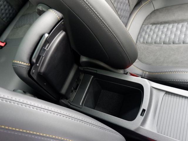 SW ロードトリップ ブルーHDi 8AT パノラミックガラスルーフ 特別仕様車(専用シート・バッジ・タグ・パークアシスト)(35枚目)