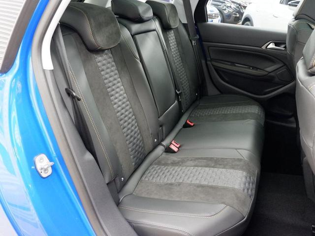 SW ロードトリップ ブルーHDi 8AT パノラミックガラスルーフ 特別仕様車(専用シート・バッジ・タグ・パークアシスト)(37枚目)